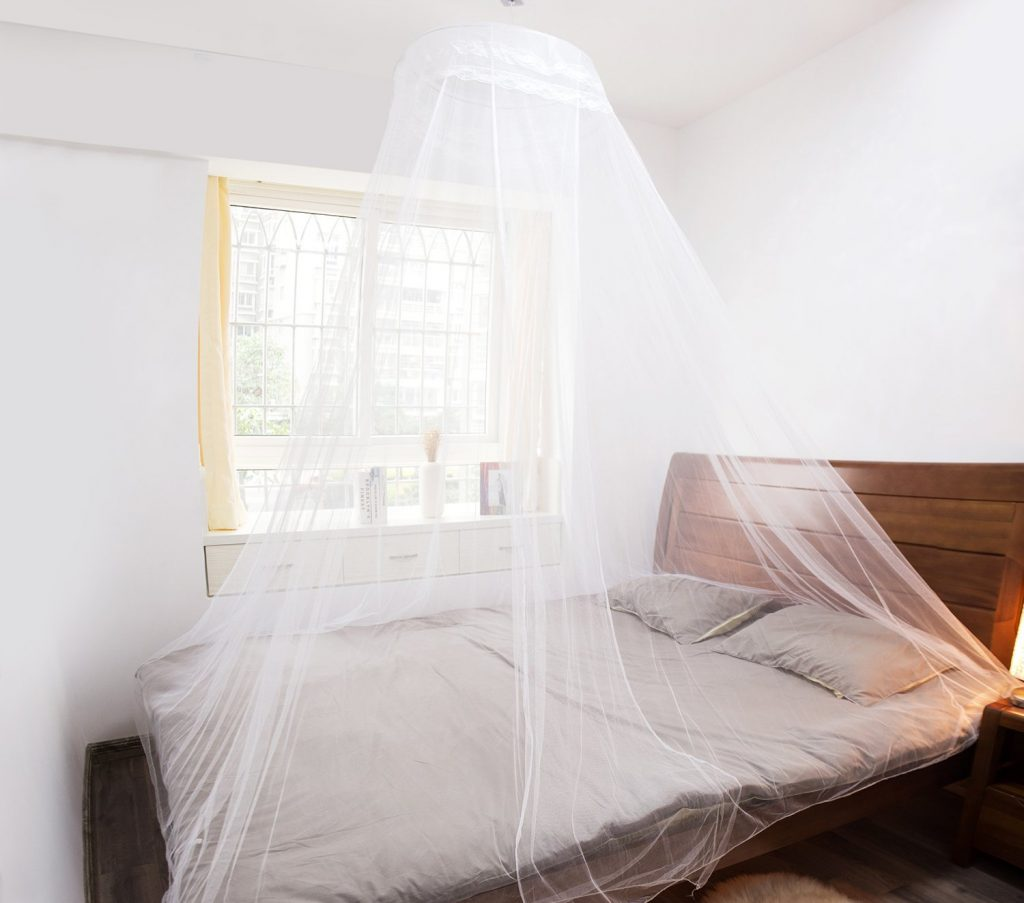 Best mosquito net canopy for bed insect cop for Bed with mosquito net decoration